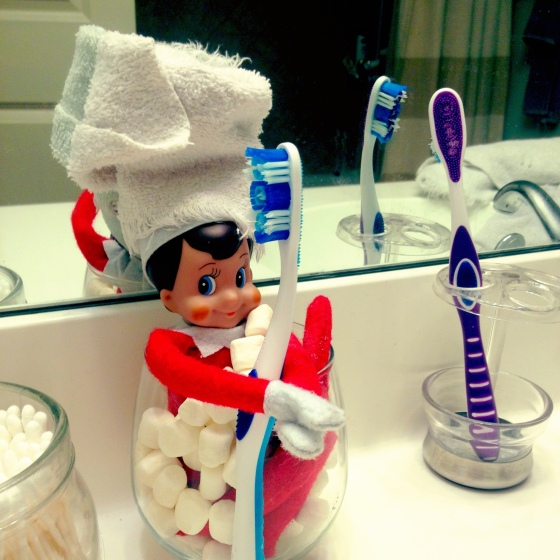 Elf On The Shelf Bath
